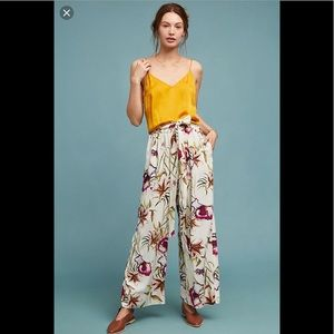 ‼️NWT Anthropologie Riley Floral Pants Size M‼️